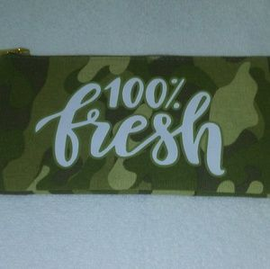 Handbags - 🆕 Green Army Camouflage Camo bag text New